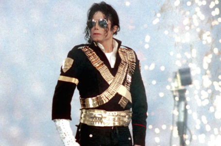 photo: 'Michael Jackson performs during halftime of a 52-17 Dallas Cowboys win over the Buffalo Bills in Super Bowl XXVII on Jan. 31, 1993 at the Rose Bowl in Pasadena, Calif.' | (Credits: Steve Granitz/Getty Images)