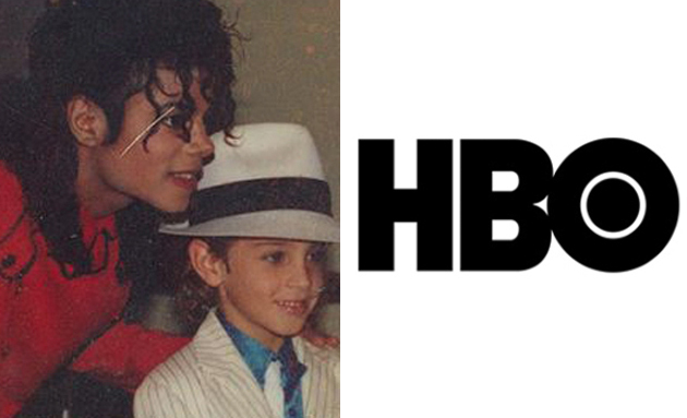 photo: 'Michael Jackson posing with young child' | (Credits:HBO)