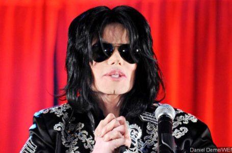 photo: 'Michael Jackson' | (Credits: WENN/Daniel Deme)
