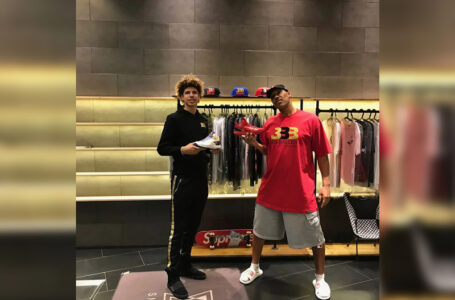 LaVar Ball with son posing for Big Baller Brand shoes (source Yahoo.com)