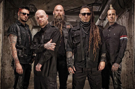 Five Finger Death Punch (Photo: Jason Swarr)