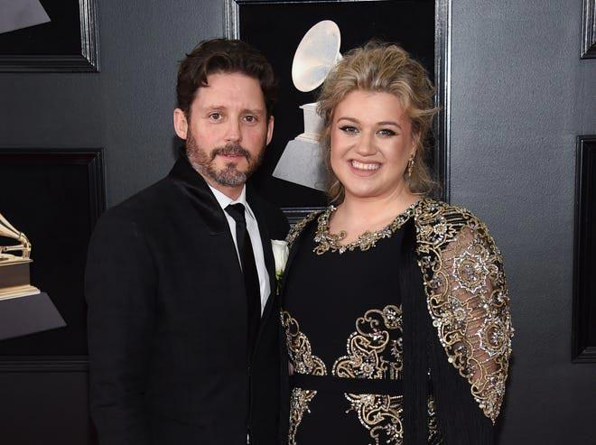 Kelly Clarkson is divorcing her husband, Brandon Blackstock. (Credit: Evan Agostini / Invision / AP)