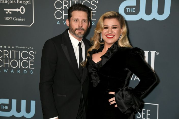 Kelly Clarkson sues ex Brandon Blackstock and her former father-in-law for fraud. (Photo: FilmMagic)