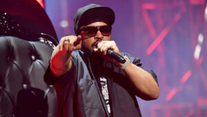 Ice Cube on stage (Credits: Image via Getty / Jeff Kravitz)